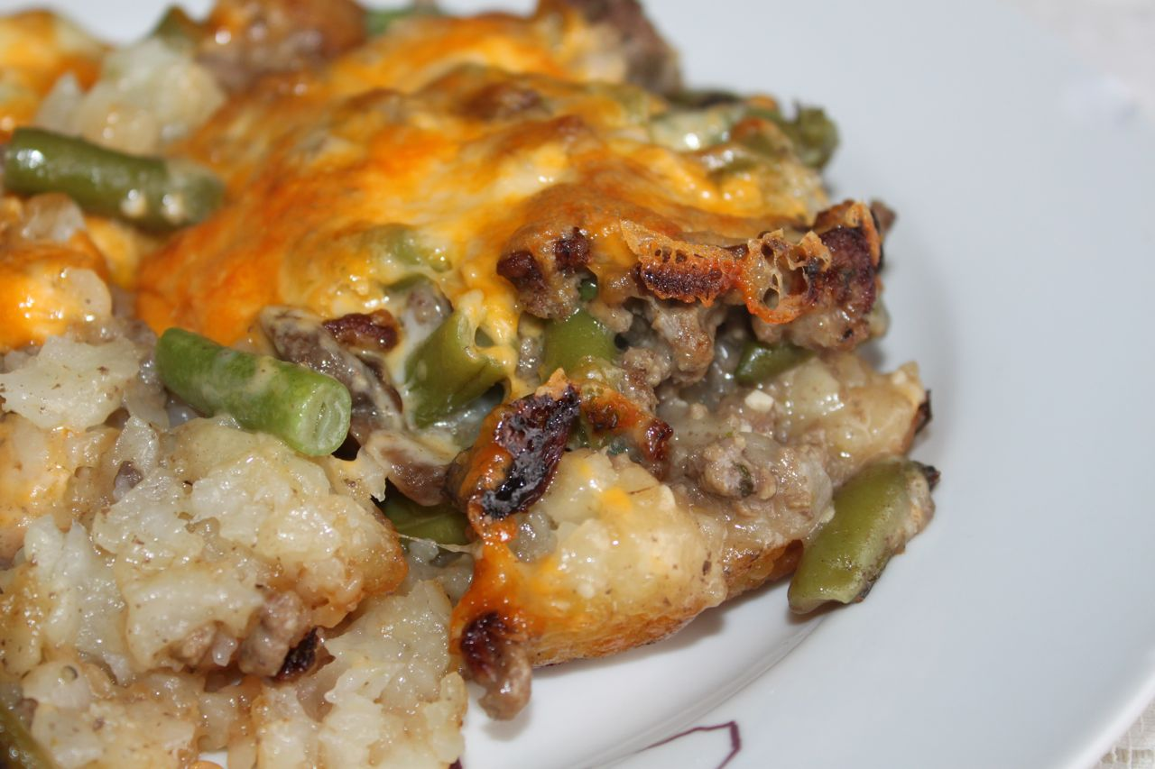 ... Meal Plan: [Recipe Review] Tater Tot Casserole | The Frilly Apron